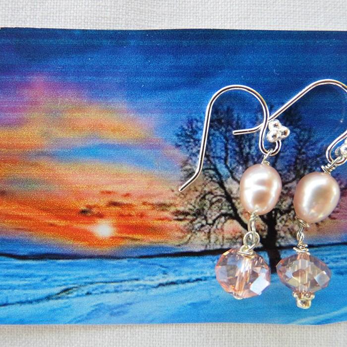 Øreringe med lyserøde ferskvandsperler