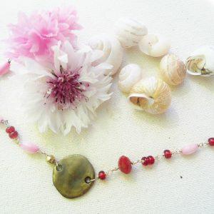 Sølv-Armbånd-i-rød-og-lyserød-jade