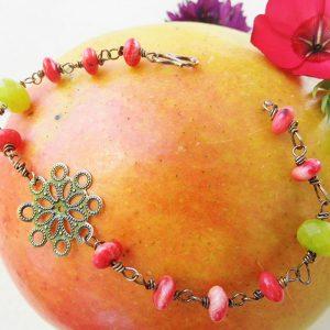 Sølv-armbånd-med-grøn-jade-og-pink-kvarts-sten