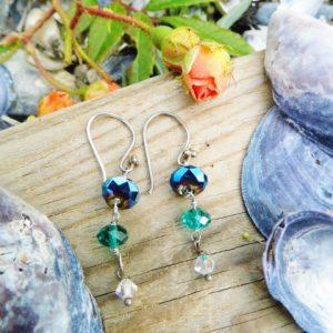 Øreringe med blå, grøn, hvid swarowski