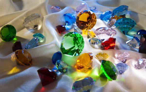 sten og krystaller ann wei design