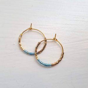 Øreringe med blå krystal