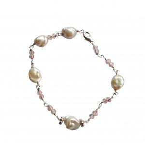 Armbånd med keshi perler