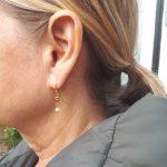 Små gyldne boheme øreringe